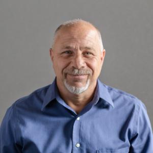 Lou Capracotta headshot