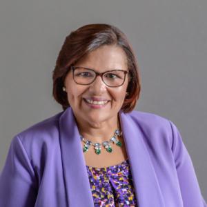 Carmen Diaz-Jusino headshot