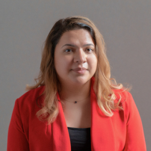 Erendida Montes headshot