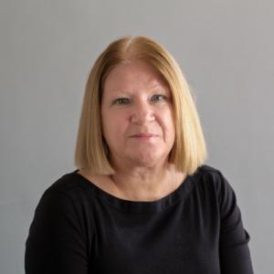 Donna Sowden headshot